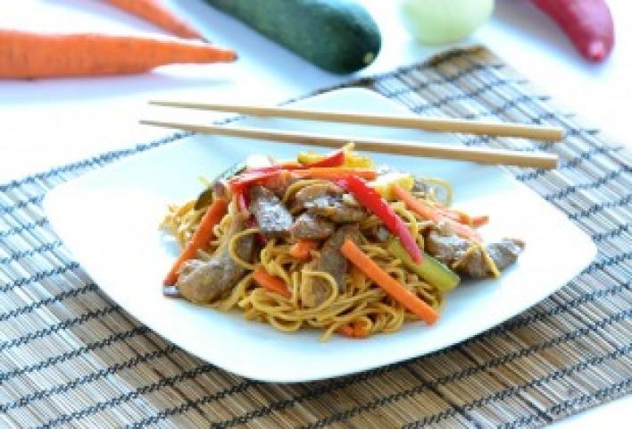 Kínai zöldséges kacsa wokban pirítva