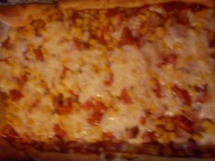Család kedvence pizza