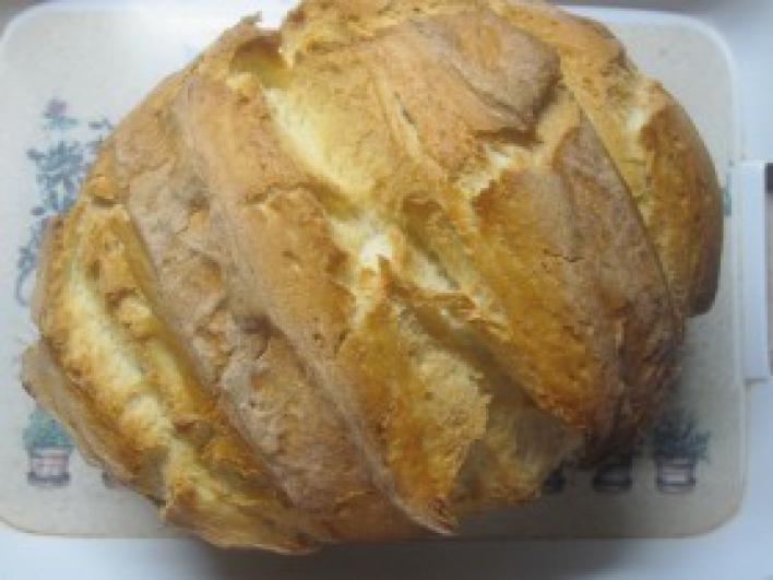 Fehér kenyér sütőzacskóban sütve