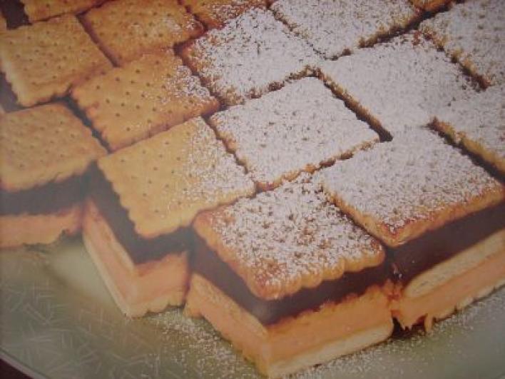 Pudingos keksz szelet sütés nélkül