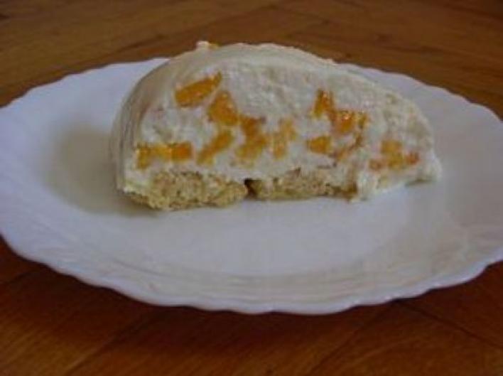 Túrós-gyümölcsös süti