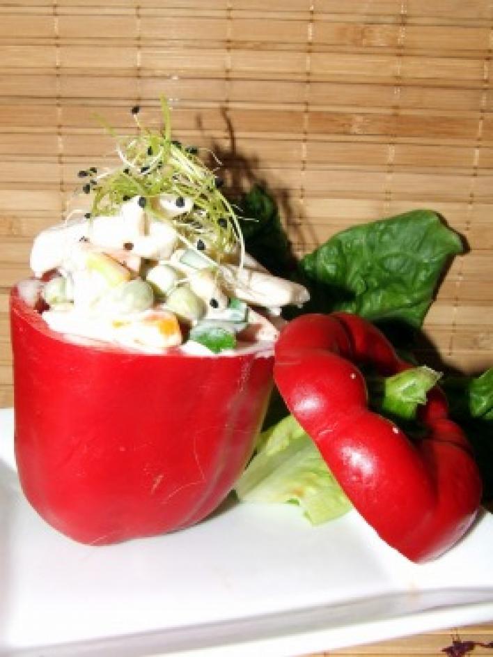 Hideg zöldséges tésztasaláta
