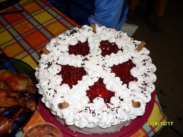 Málnajoghurtos torta