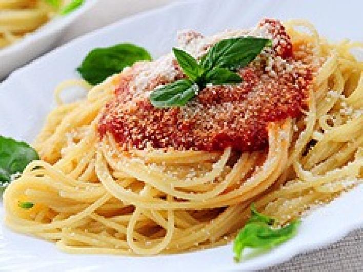 Paradicsomos spagetti