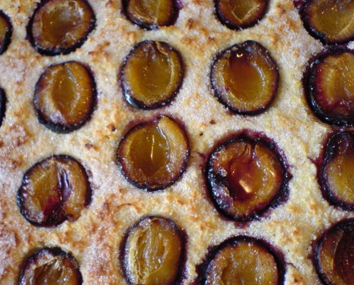 Kókuszos-almás sütemény szilvával