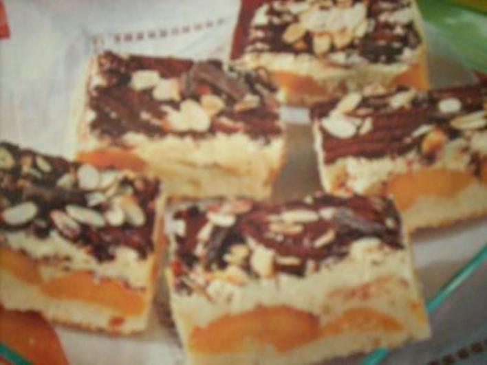 Csokoládés őszibarackkocka