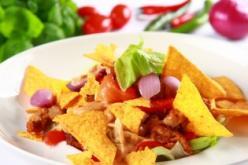 Gyros saláta tortilla chipsszel