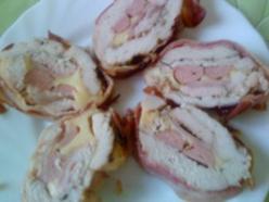 Baconbe göngyölt töltött pulykamell