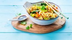 Ázsiai tészta sült zöldségekkel