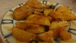 Sült csirkecomb fűszeres burgonyával