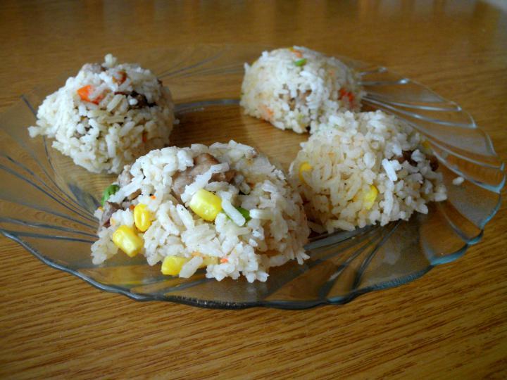 Zöldséges rizseshús, céklával elkészítés 5. lépés képe
