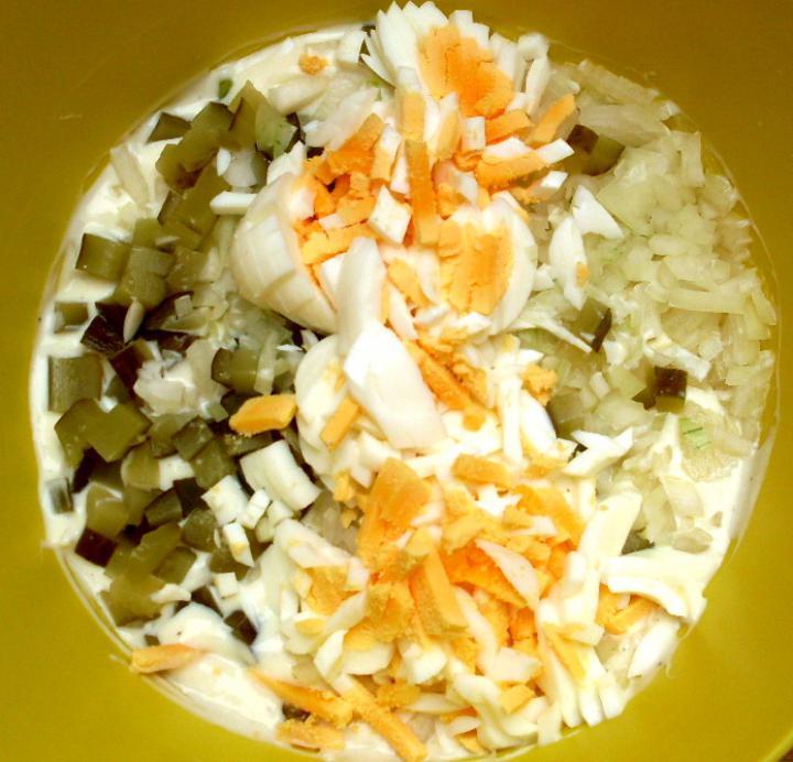 Német joghurtos burgonyasaláta elkészítés 3. lépés képe