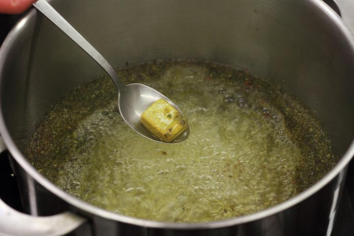 Kiesełycia savanyú leves elkészítés 5. lépés képe