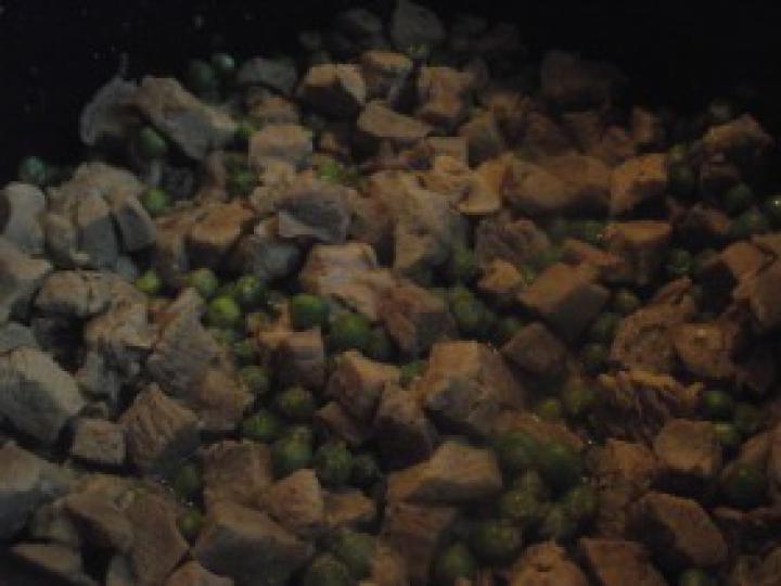 Pulyka brassói zöldborsóval elkészítés 6. lépés képe