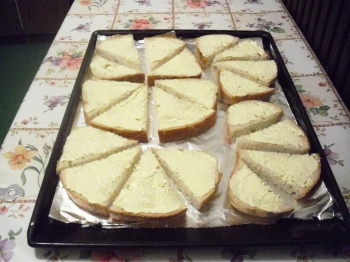 Trikolor melegszendvics kavalkád elkészítés 4. lépés képe