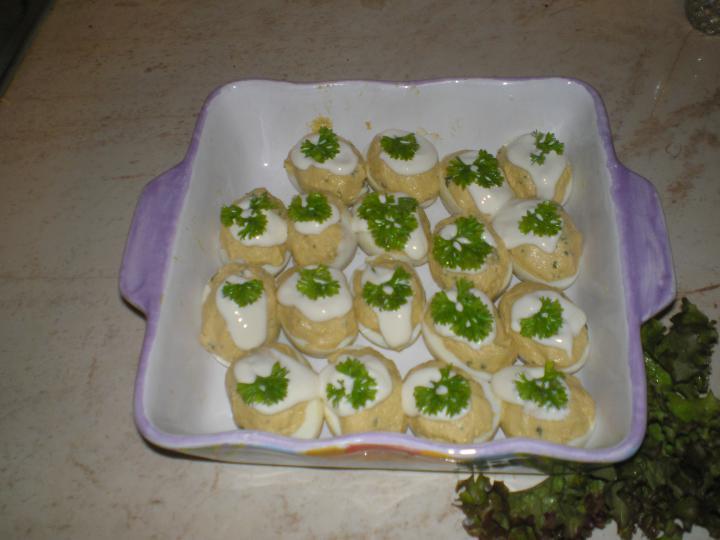 Töltött tojás elkészítés 2. lépés képe