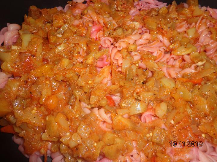 Padlizsános rózsaszín sült tészta elkészítés 4. lépés képe