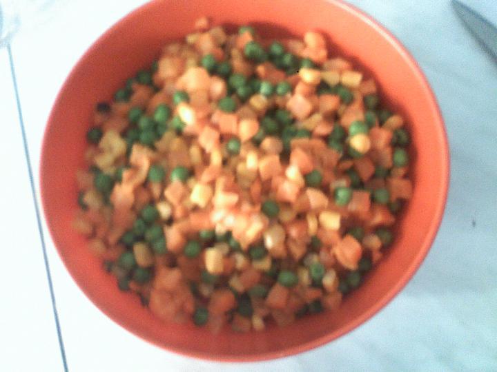 Fűszeres csirke mexikói zöldség ágyon elkészítés 4. lépés képe