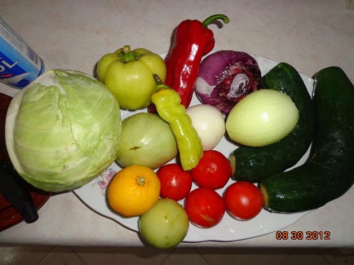 Gyors vitamin saláta elkészítés 1. lépés képe