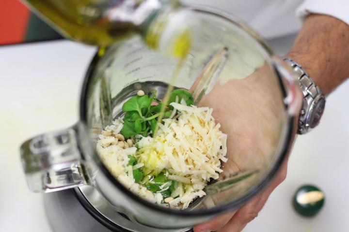 Zöldségleves pestóval - Soupe au pistou elkészítés 6. lépés képe