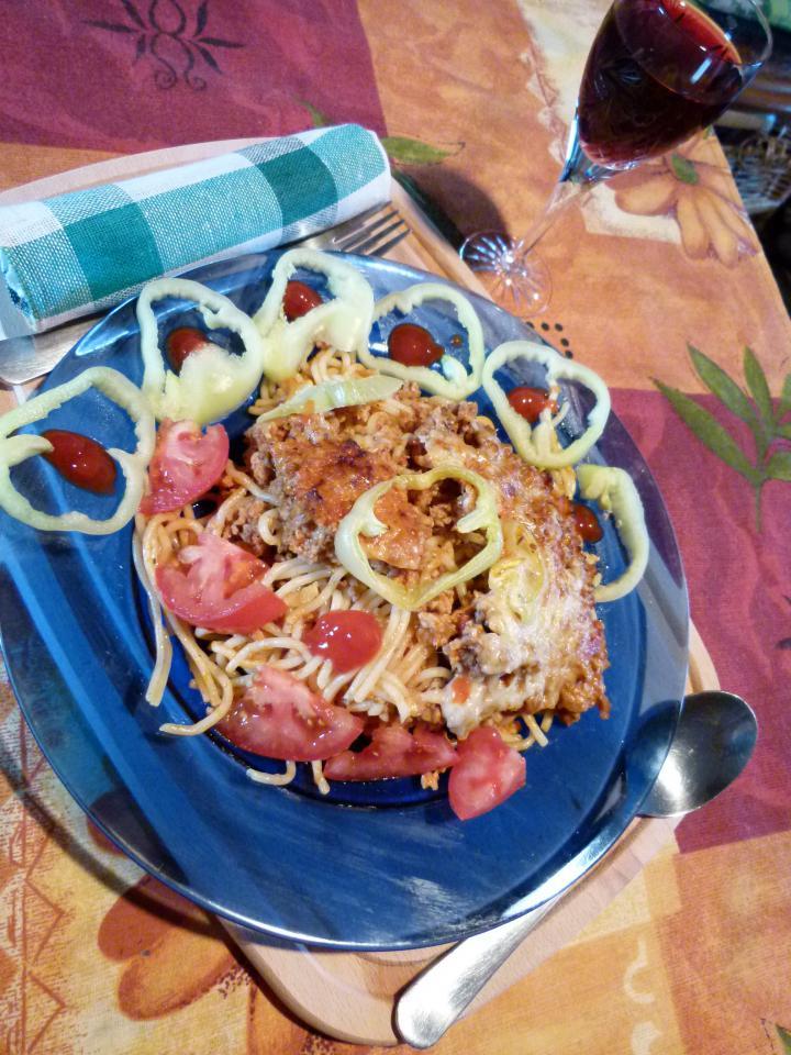 Bolognai húsos rakott spagetti elkészítés 7. lépés képe