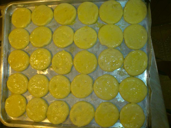 Fokhagymás csirkeszárny krumplikoronggal elkészítés 3. lépés képe