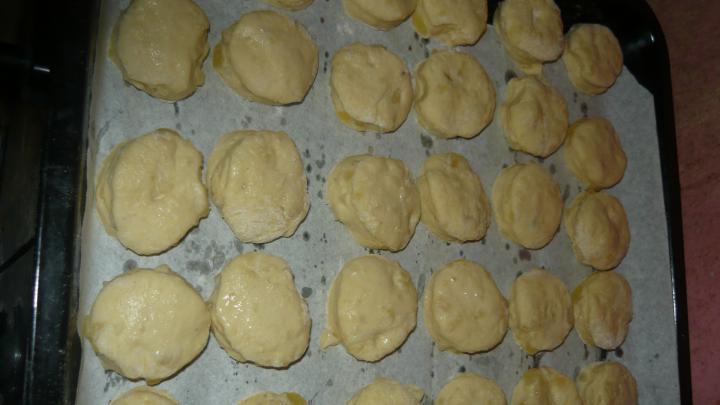 Burgonyás pogácsa elkészítés 8. lépés képe