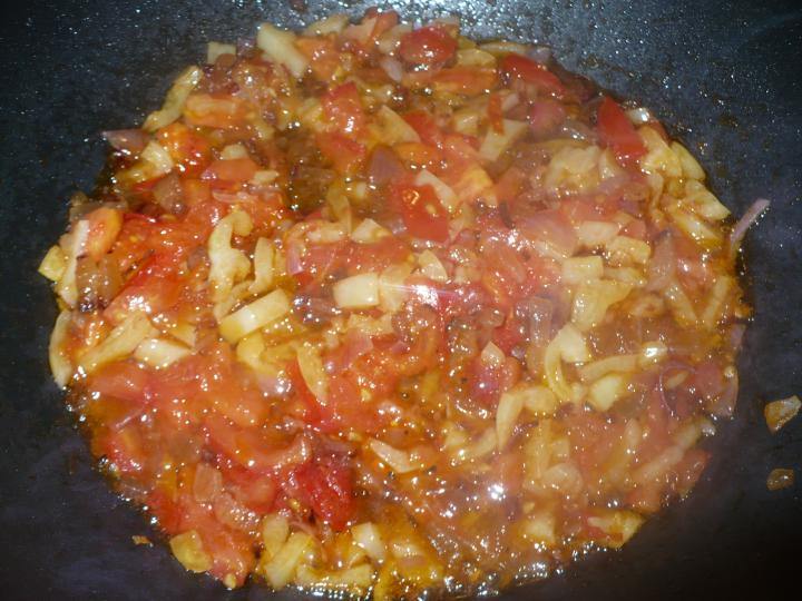 Bakonyi karfiolos csirkeragu elkészítés 1. lépés képe