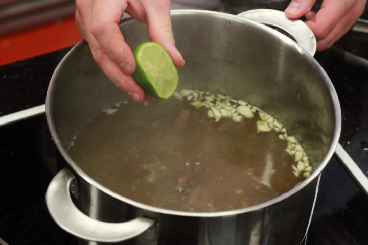 Pho leves marhahússal elkészítés 4. lépés képe