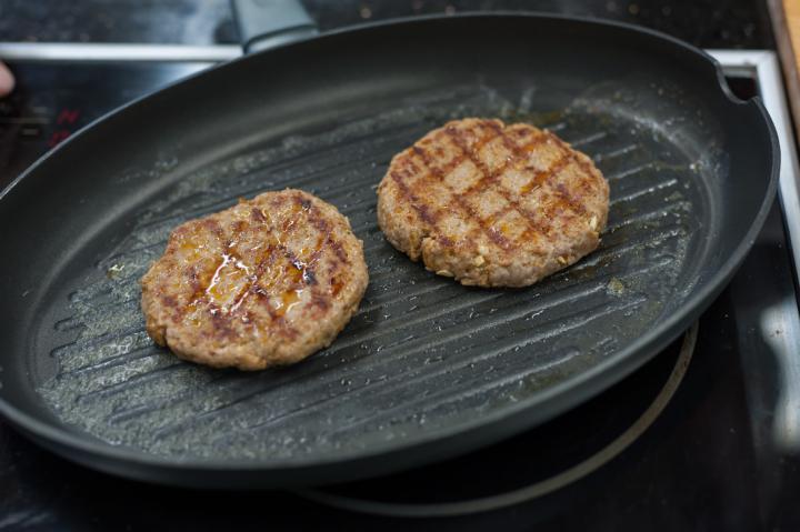 Zöldséges pulyka burger elkészítés 2. lépés képe