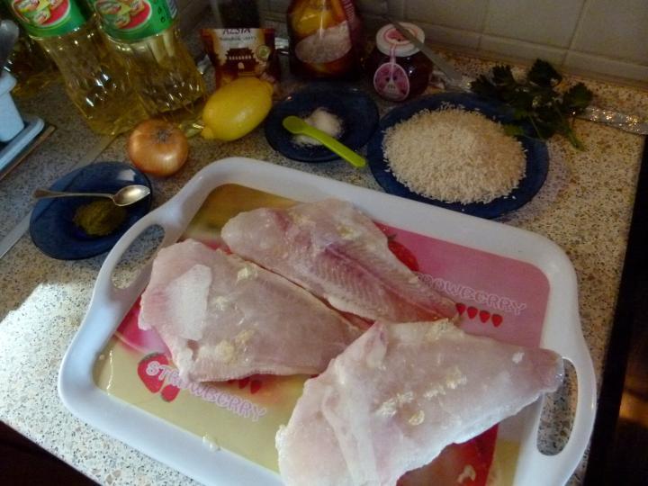 Citromos halfilé zöldcurrys rizzsel elkészítés 1. lépés képe