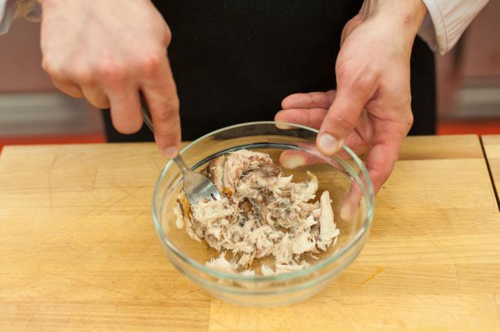 Füstölt makrélakrémes mini szendvicsek elkészítés 1. lépés képe