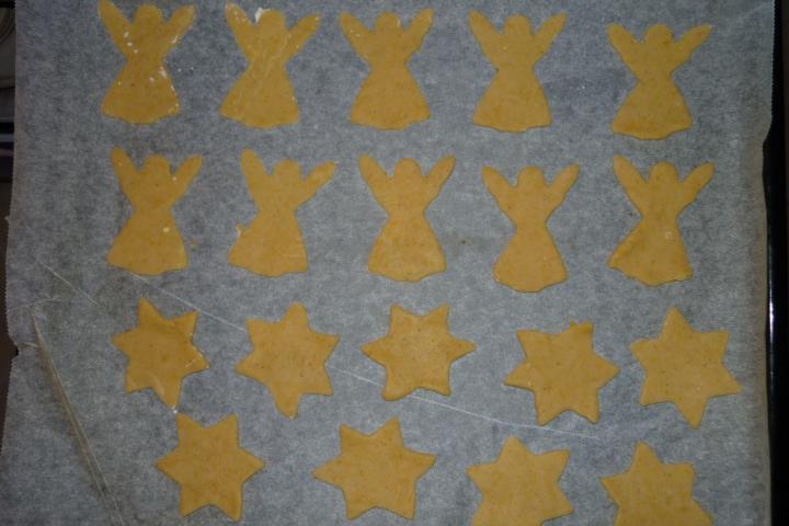 Rózsaszín angyalka és csillag elkészítés 3. lépés képe