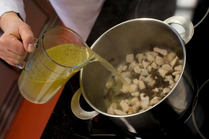 Kínai ezüst leves elkészítés 3. lépés képe