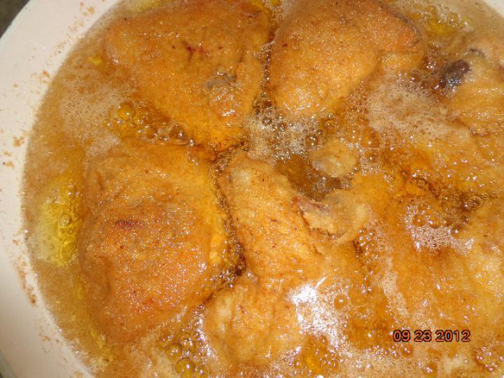 Csirkemájjal töltött rántott csirke szárnyak elkészítés 3. lépés képe