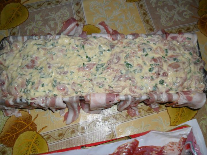 Baconös csirkemell őzgerincformában elkészítés 4. lépés képe