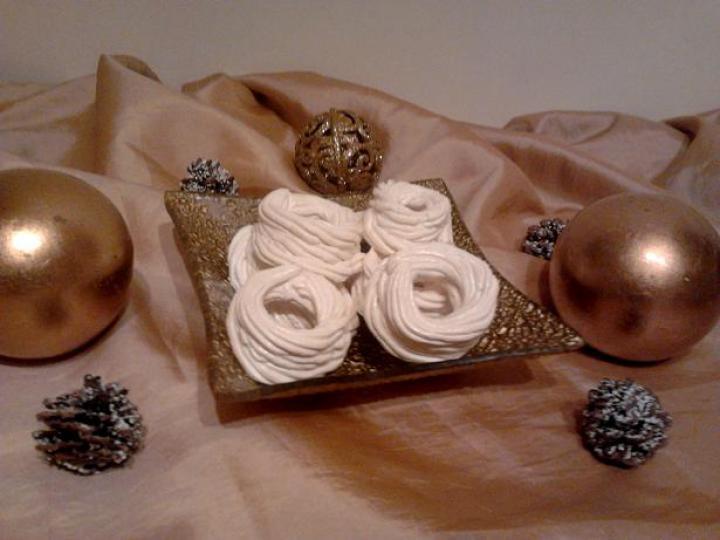 Karácsonyi habcsókok elkészítés 5. lépés képe