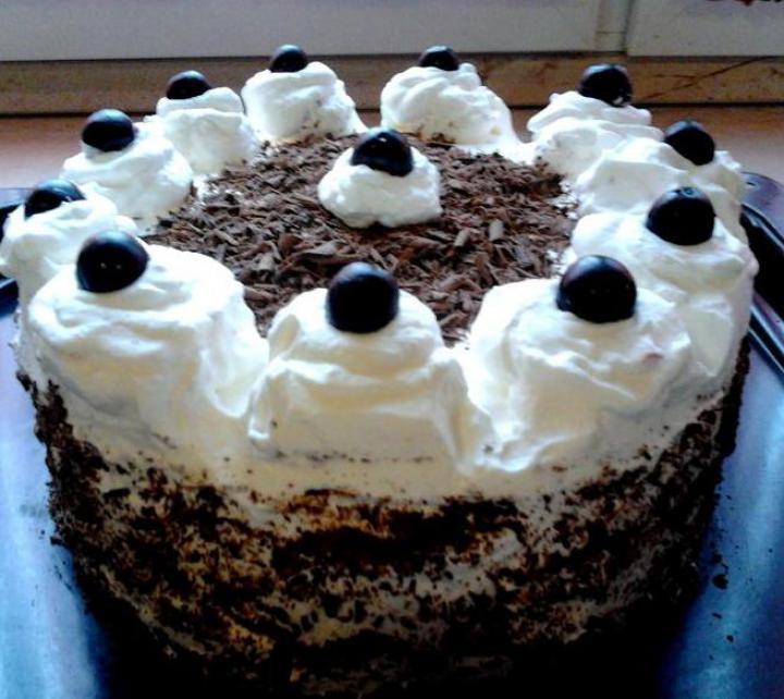 Feketeerdő torta xilittel elkészítés 12. lépés képe