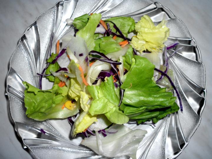 Színes saláta elkészítés 2. lépés képe