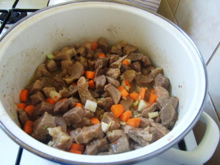 Zöldséges rizseshús elkészítés 1. lépés képe