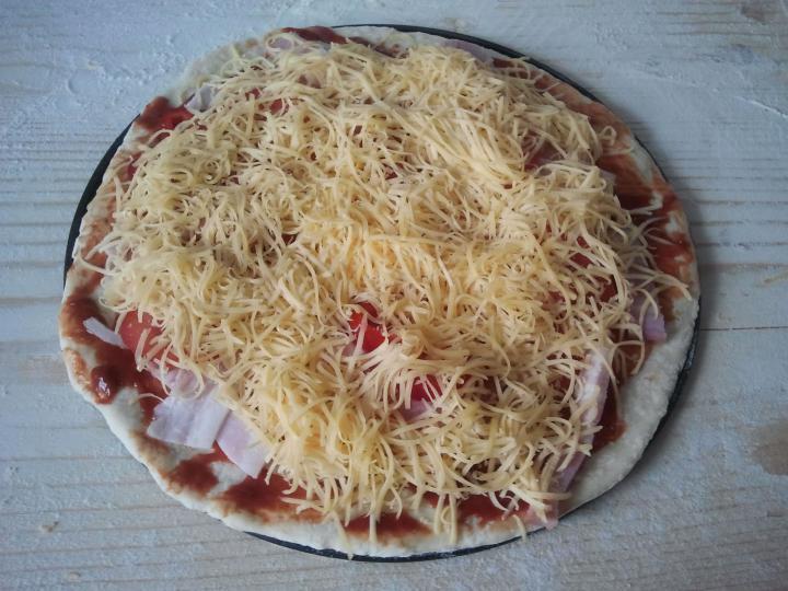 Alap pizzatészta elkészítés 4. lépés képe