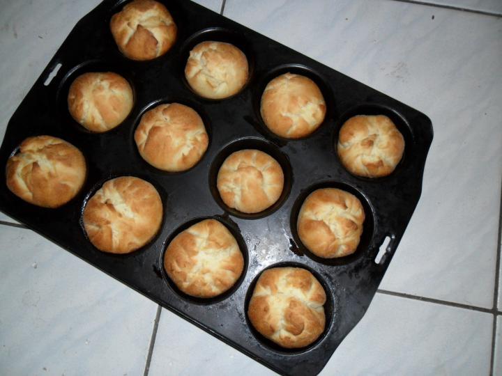 Túrós batyu muffin formában elkészítés 7. lépés képe