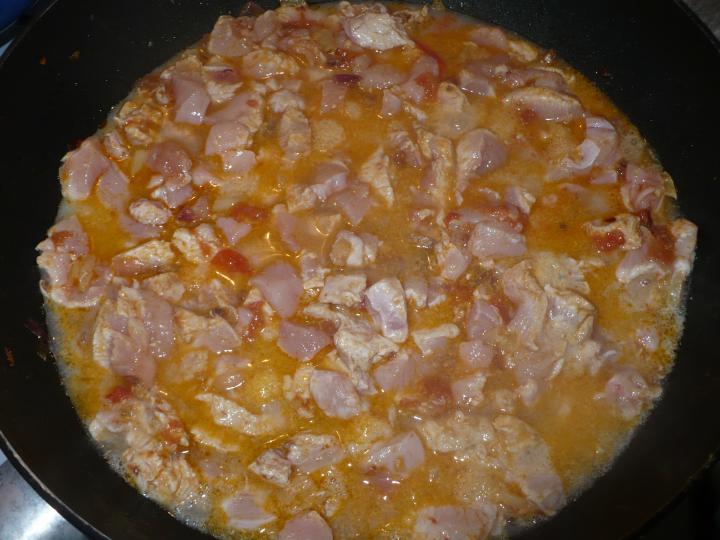 Bakonyi karfiolos csirkeragu elkészítés 2. lépés képe