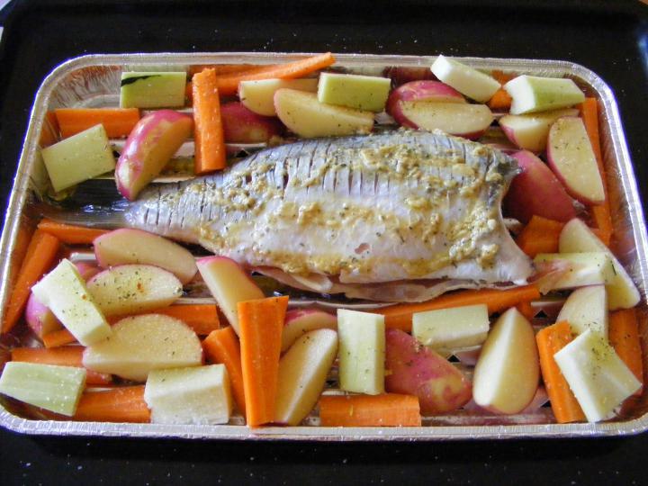 Grillezett hal zöldségekkel elkészítés 1. lépés képe