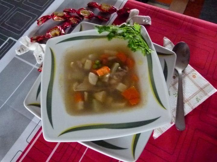 Nagyi gezemice levese pulykaaprólékból, borsóval elkészítés 4. lépés képe