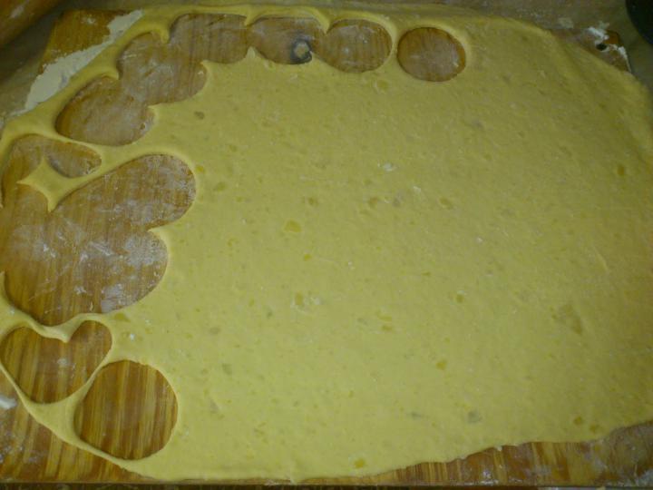 Fokhagymás csirkeszárny krumplikoronggal elkészítés 2. lépés képe