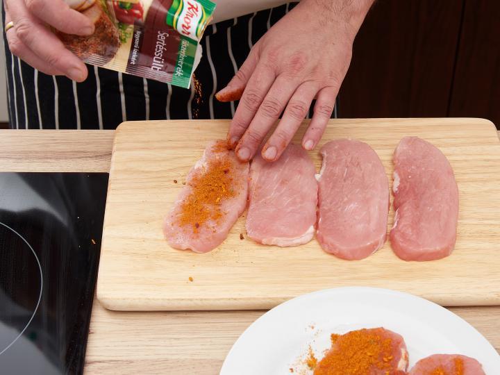 Tojásos mini töltött hús elkészítés 1. lépés képe