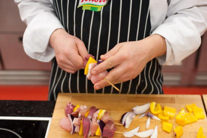 Saslik karajból és csirkéből elkészítés 3. lépés képe