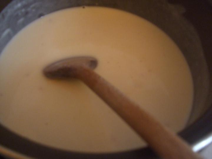 Sajtszósz alatt sült zöldbabos csirkemell elkészítés 3. lépés képe