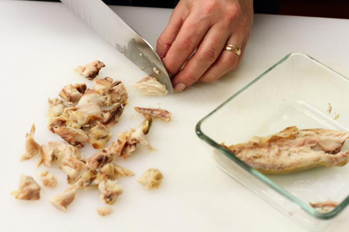 Spenótos-halas egytálétel elkészítés 1. lépés képe